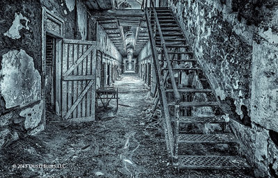 Black & While, Monochrome, Urban Exploration, UrBex, Pittsburgh, DustyBlues, Fine Art