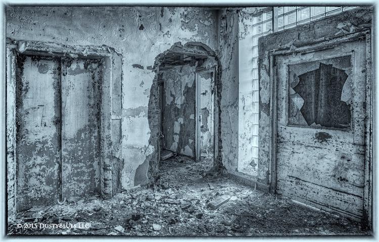 Black & While, Monochrome, Urban Exploration, UrBex, Pittsburgh, DustyBlues, Fine Art